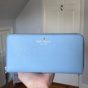 KATE SPADE slim continental wallet